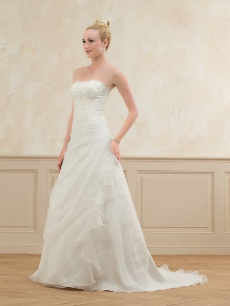 collection robe point mariage
