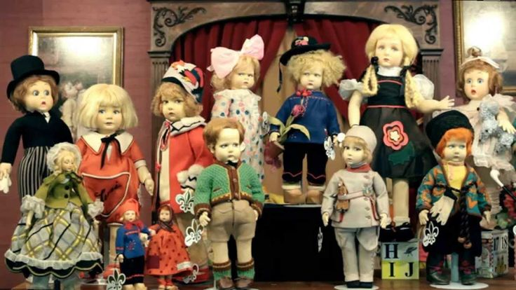 """Theriault's Dollmaster Vignette Series presents Antique Dolls Featured in the """"Kaleidoscope"""" Auction. Part IV Kaleidoscope: May 24th- 25th, 2014. Las Vegas"""
