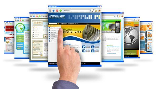 Prowadzenie firmy w dzisiejszych czasach wiąże się z koniecznością szybkiego dotarcia do klienta. Jedną z możliwości, która daje szansę e-klientom na zapoznanie się z Twoją ofertą, jest własna strona www. Przy projektowaniu idealnej witryny internetowej należy pamiętać o jej funkcjonalności, przejrzystości i intuicyjności.    Firmowa strona www – dlaczego jest taka ważna?  Większości przedsiębiorców nie trzeba tłumaczyć, że obecność w internecie jest nieodzownym elementem w biznesie. [...]
