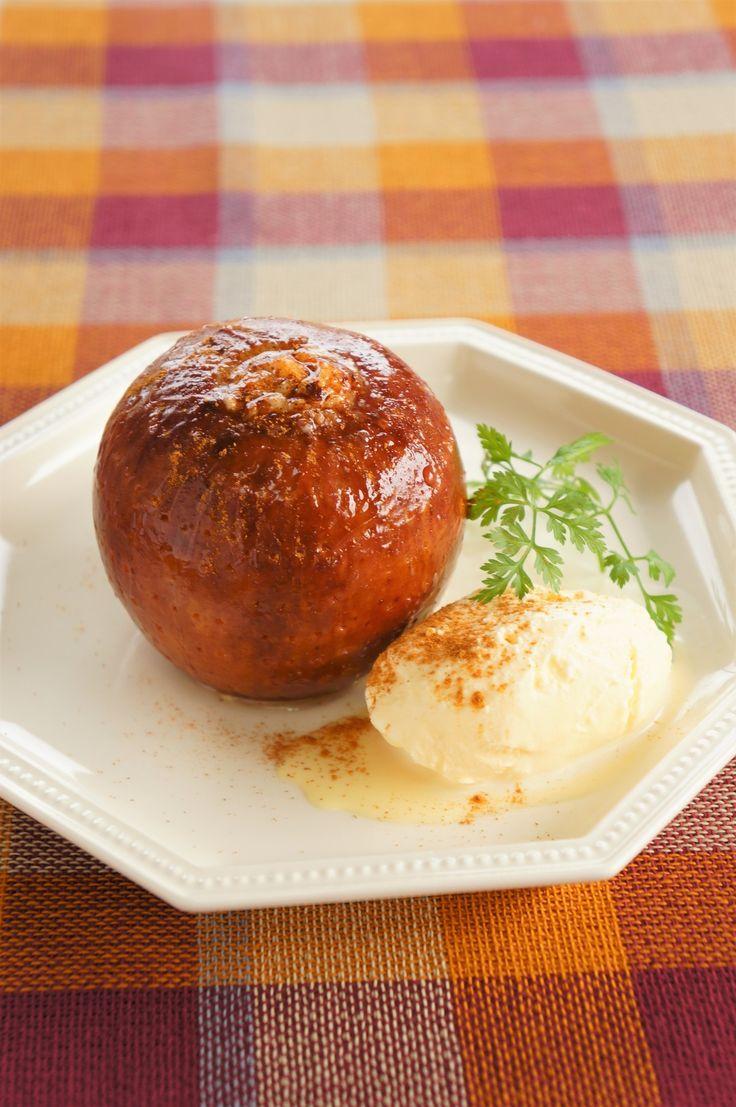 はちみつとクリームチーズの焼きりんご by 松井さゆり | レシピサイト「Nadia | ナディア」プロの料理を無料で検索