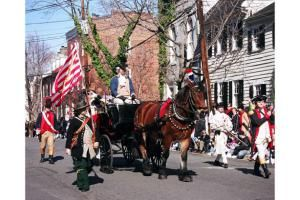 Presidents Day weekend is a great time to visit Washington DC to pay tribute to America's leaders. See a guide to the region's President's Day events.: Attend George Washington's Birthday Parade