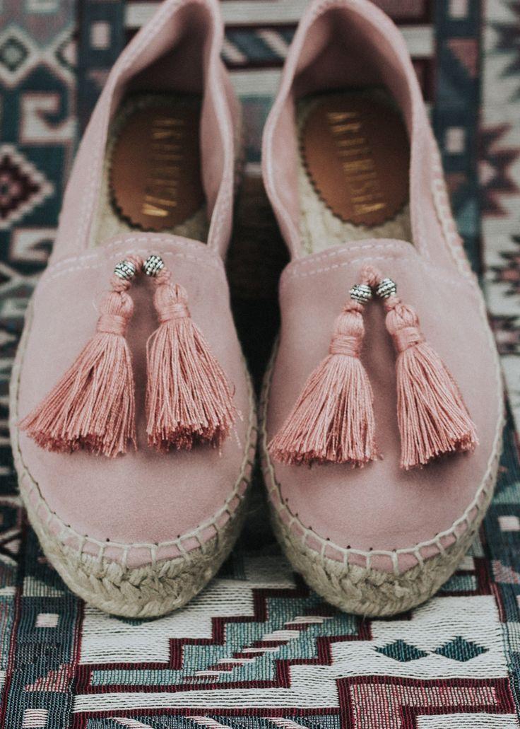 www.artemisia.me   Cami #Pink #Tassel #Espadrillas  #boho #bohemian #shoes #summer #gypsy #style