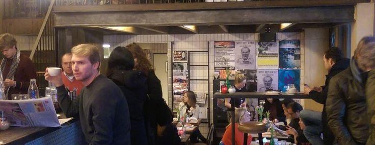 Ben je in oost of wil je juist even iets anders dan het centrum van Amsterdam? Ga dan naar Bar Bukowski. Op de hoek bij het Oosterpark en tegenover het OLVG, met ov voor de deur, vind je deze niet te missen bar vernoemd naar schrijver Charles Bukowski.