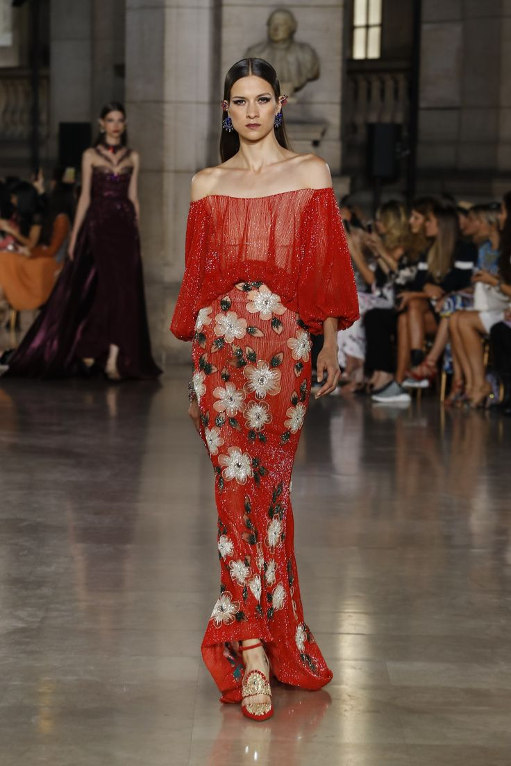 Georges Hobeika | Haute Couture Fall-Winter 2017-18 | Look 26