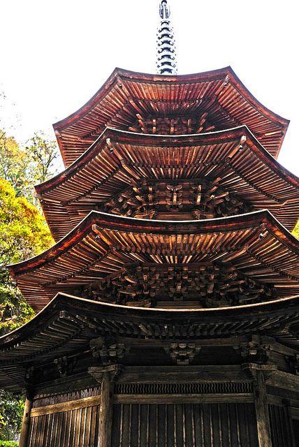 Nagano, Japan   長野県上田市 安楽寺八角三重塔