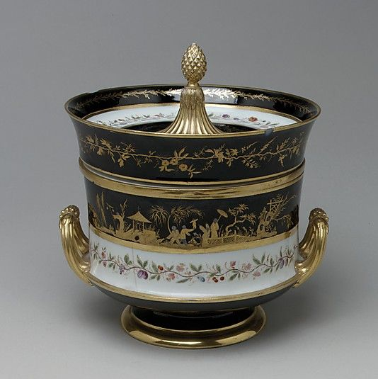 1804-1813 French Sèvres Wine cooler at the Metropolitan Museum of Art, New York