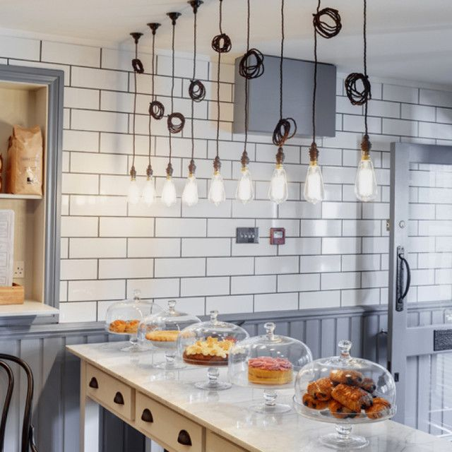 LLOYDS KITCHEN IN ASSOCIATION WITH WOODFORD ARCHITECTS