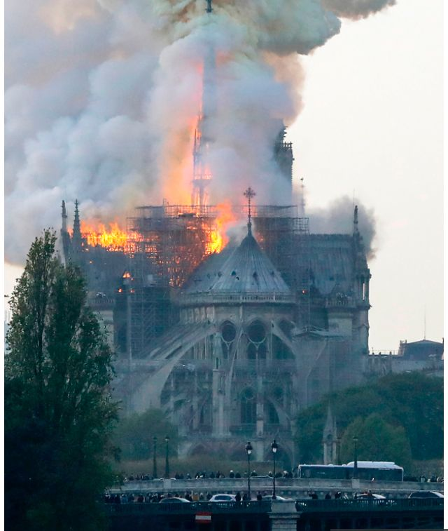 #notredamecathedral fire! The cathedral's iconic spire and bell were reported to… Marie-Louise Jansson