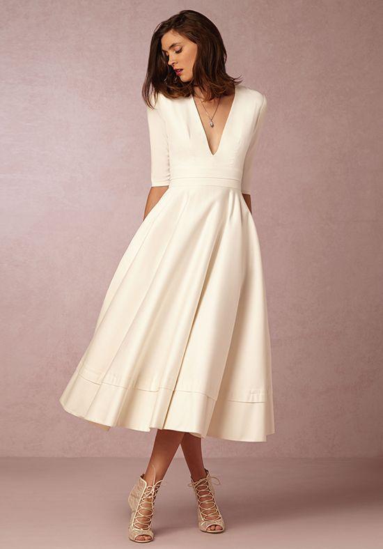 A-line wedding dress with V-neckline I Prosopere Dress I by BHLDN I http://knot.ly/6499B7XP7