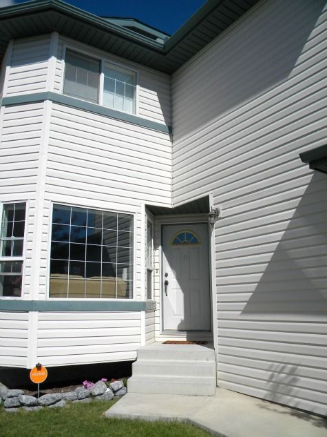 Front Door Paint Colors and Adding Curb Appeal {Reader Question} - Satori Design for Living Like this.