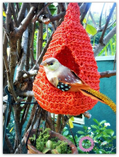 crocheted bird nest - I might use plarn (plastic yarn - cut up plastic bags) or heavy twine