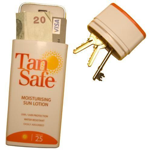 Doe je waardevolle spullen in een lege fles zonnebrand bij een dagje strand #tips