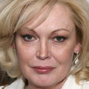 Happy Birthday Cathy Moriarty! She turns 52 today...