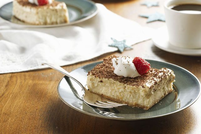 Two dessert classics come together in one sweet treat!  The flavours of Italian tiramisu meet a creamy cheesecake resulting in this Tiramisu Mousse Cheesecake. Yum!