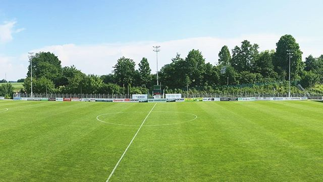 Really impressed with the facilities of German 4th Division side #SVRödinghausen! Here is a view from the main stand of the #Häcker #Wiehenstadion. #football #work #business #travel #soccer #Regionalliga #Fussball #CPDFootball #chrisontour #potd #photography #stadium #pitch #green #summer #sun #Germany #Deutschland
