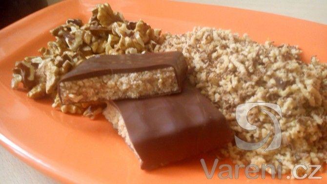 Nepečené cukroví z čokolády Margot. Recept je velmi snadný.