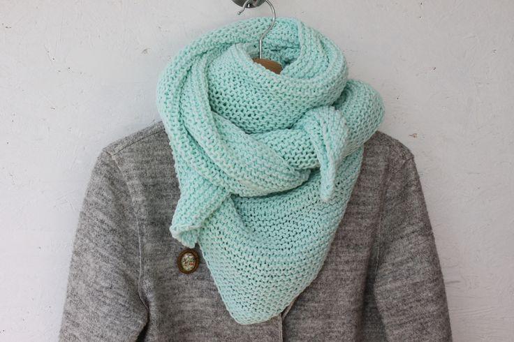 Trendy châle / chèche femme en coton - vert d'eau / opale - by Fleur de laine : Echarpe, foulard, cravate par fleur-de-laine