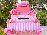 Cake card box - would be a cute idea for Valentines too!