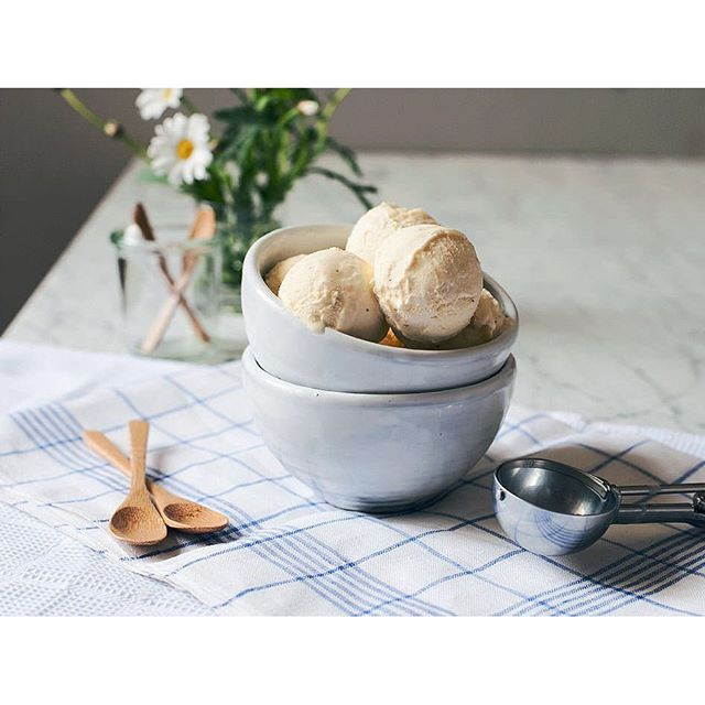 Deli bowls filled with ice cream - Getting ready for the weekend. Photo by the cool @kitchenstories_berlin