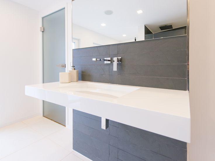 37 besten Bad mit Naturstein-Fliesen Bilder auf Pinterest - schlafzimmer mit badezimmer