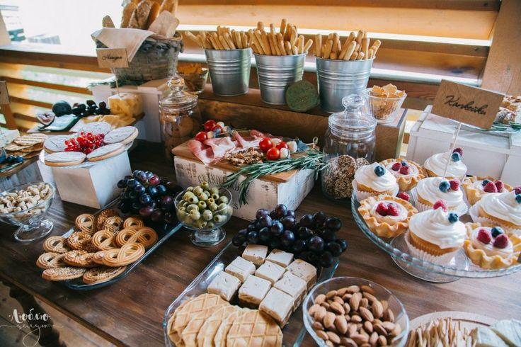 Сырный сладкий стол