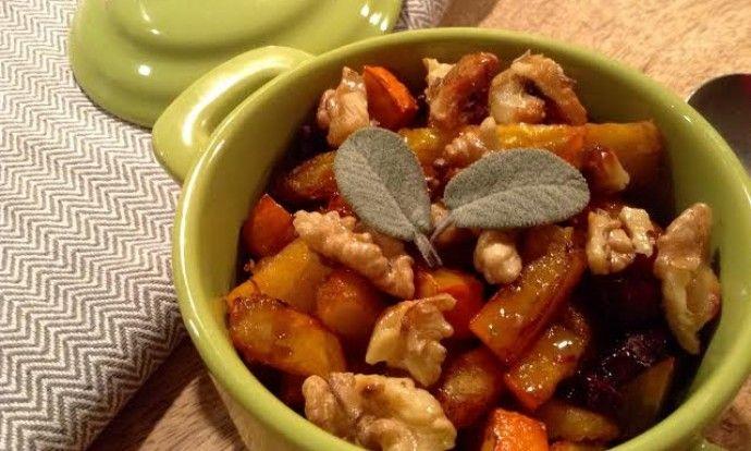 Salát z pečené z dýně hokaido a červené řepy s ořechy