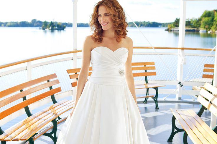 Lea-Ann Belter Bridal