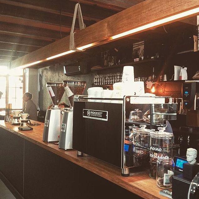 Polish cafe @drukarniacafe via @myzorki featuring Rocket BOXER.