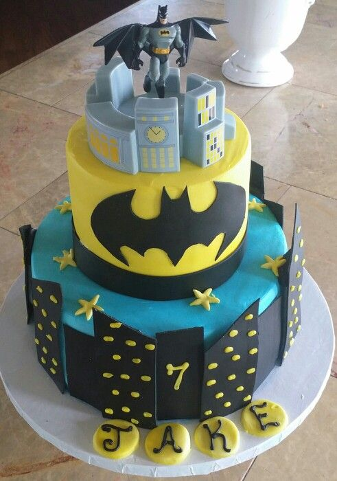 ... birthday cakes on Pinterest  Batman cakes, Tmnt cake and Bubble