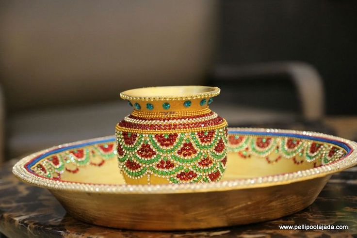 Order Decorated Kanyadanam set Online from Pellipoolajada