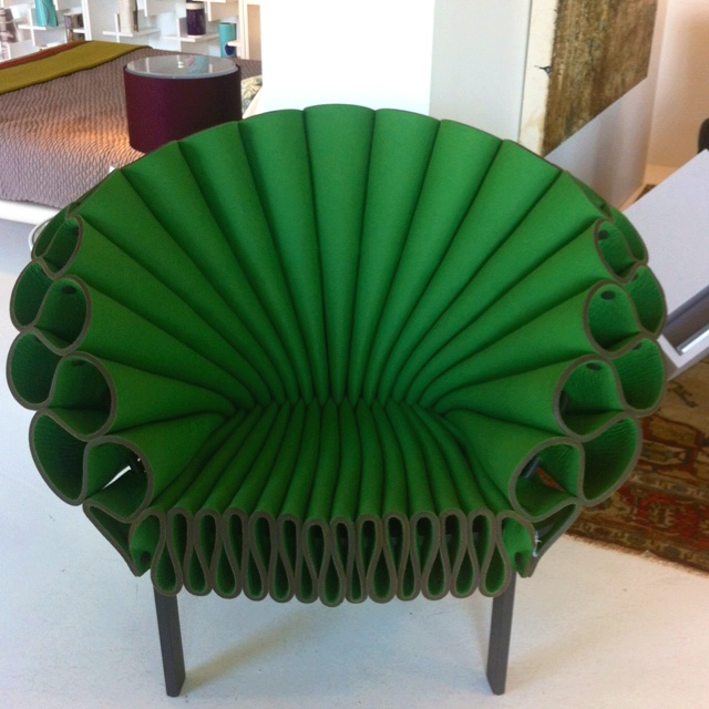 CAPPELLINI Peacock Chair by Dror