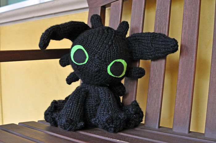 Toothless Knitting Pattern : 17 Best images about Side Projects on Pinterest Wickets, Auction and Cosplay