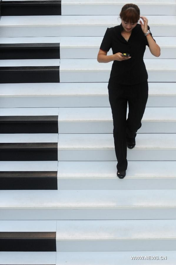 Piano Stairs Let You Play A Melody While You Walk | The Creators Project