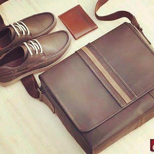 #shoes #zapatos #calzado #men #menstyle #hombre #bag #elegant #student #styleyourself #style #moda #fashion #cccuartaetapa #bucaramanga Bosi Primer piso