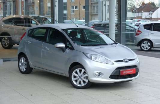 Used 2010 (60 reg) Ford Fiesta 1.4 Zetec 5dr for sale on RAC Cars