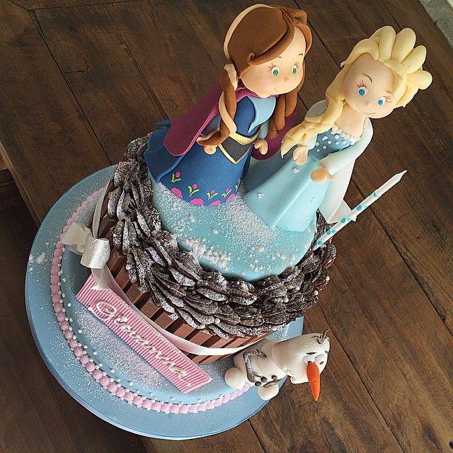 18 best bolos kit kat images on Pinterest Kit kat cakes Cake