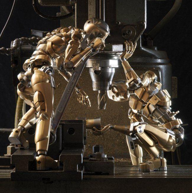 Zoho Artform No.1 Moves like You Do #artMetals Sculpture, Amazing Robots, Metals Work, Amazing Art, Zoho Artform, Miniatures Sculpturesart, Bad Robots, Mechanics Art, Artform No1