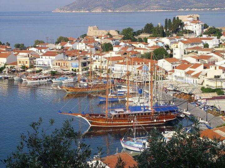 GREECE CHANNEL   Pythagorio, Samos island