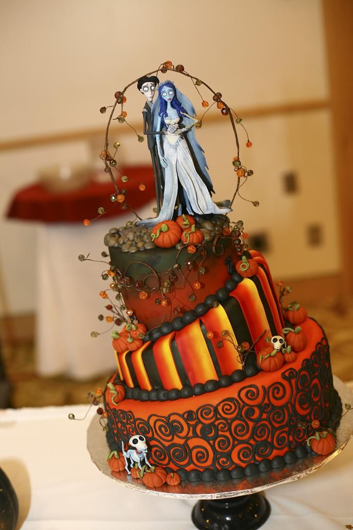 Incríveis e diferentes: Os mais lindos bolos góticos #3