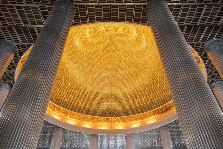 Istiqlal Mosque .jakarta. Indonesia