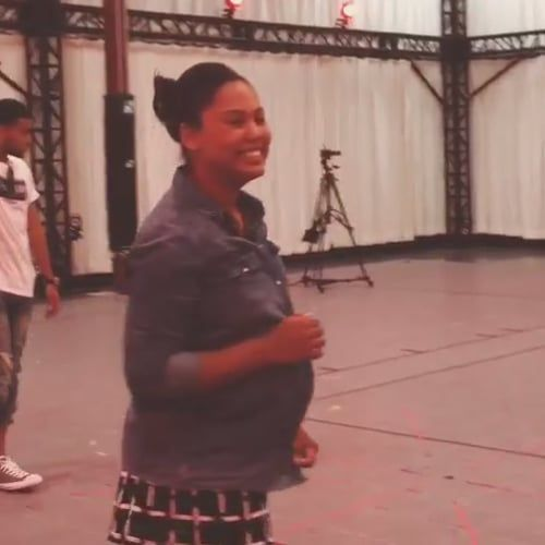 Ayesha Curry Completely Nails a 3-Point Shot While 9 Months Pregnant