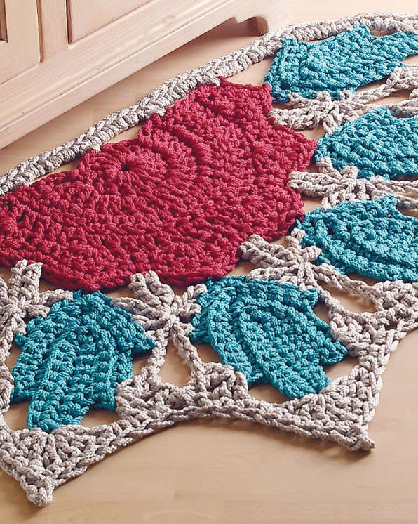 "There are over 1,700 pattern in ""The Crochet! 10 Year Anniversary Collection 2002-2011"" and this is just one of the designs."