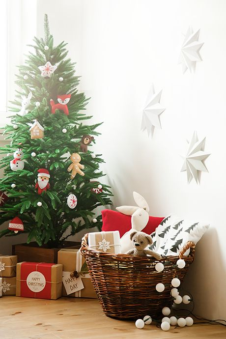Новогодяя локация в Fafastudio. Christmas location in Fafastudio. #christmas #white #fafastudio #studio #location #backdrop