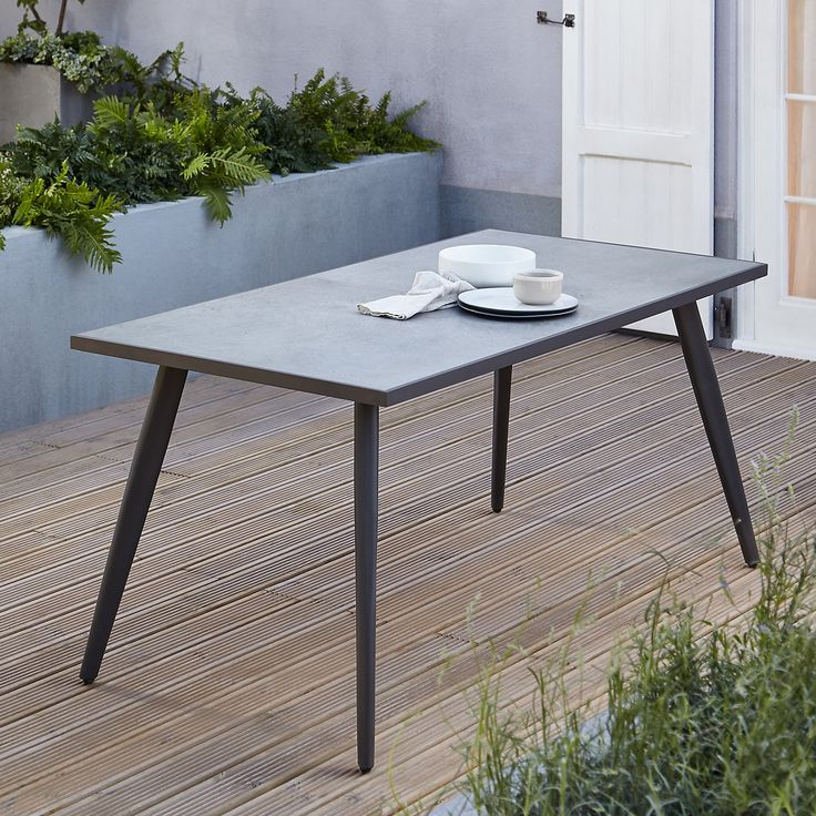 Katalla Metal 4 seater Dining table 4 seater dining