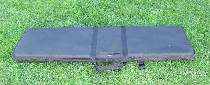 Taktické pouzdro na zbraň - Originál taktické pouzdro pro Sniper kulovnici, nebo podobné využití. Zadní popruhy, kapsy a možnsot po rozložení využít jako podložku ke střelbě.https://s3.eu-central-1.amazonaws.com/data.huntingbazar.com/8462-takticke-pouzdro-na-zbran-pouzdra-na-zbrane.jpg