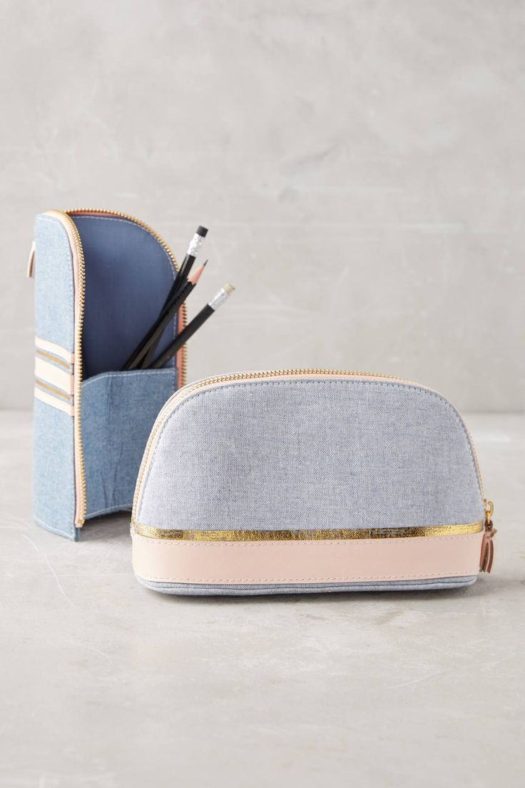 Slide View: 1: Chambray Pouch