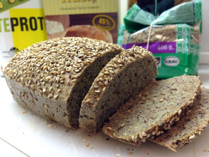 Low carb glutenfrit brød med højt proteinindhold