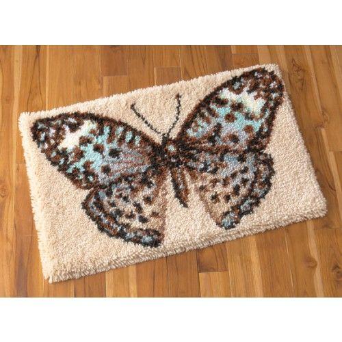 Fluttering Wings Latch Hook Rug Kit
