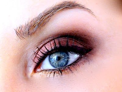 Pretty Fall Eye Makeup Look with the Lorac Pro Palette. Cranberry/Purple/Gold (palette colors: garnet, deep purple, taupe, espresso, white and gold).