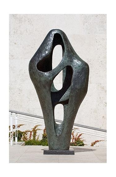 Barbara Hepworth, Figure for Landscape, 1960